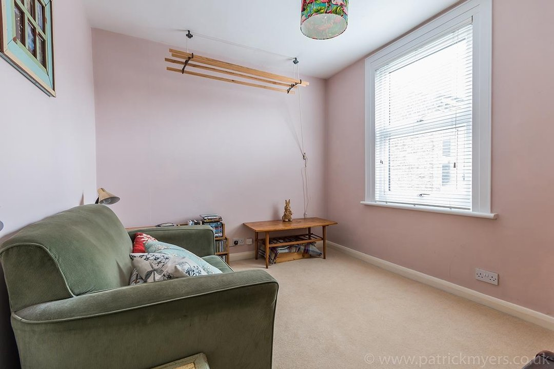 House - Terraced Sale Agreed in Ada Road, SE5 27 view13