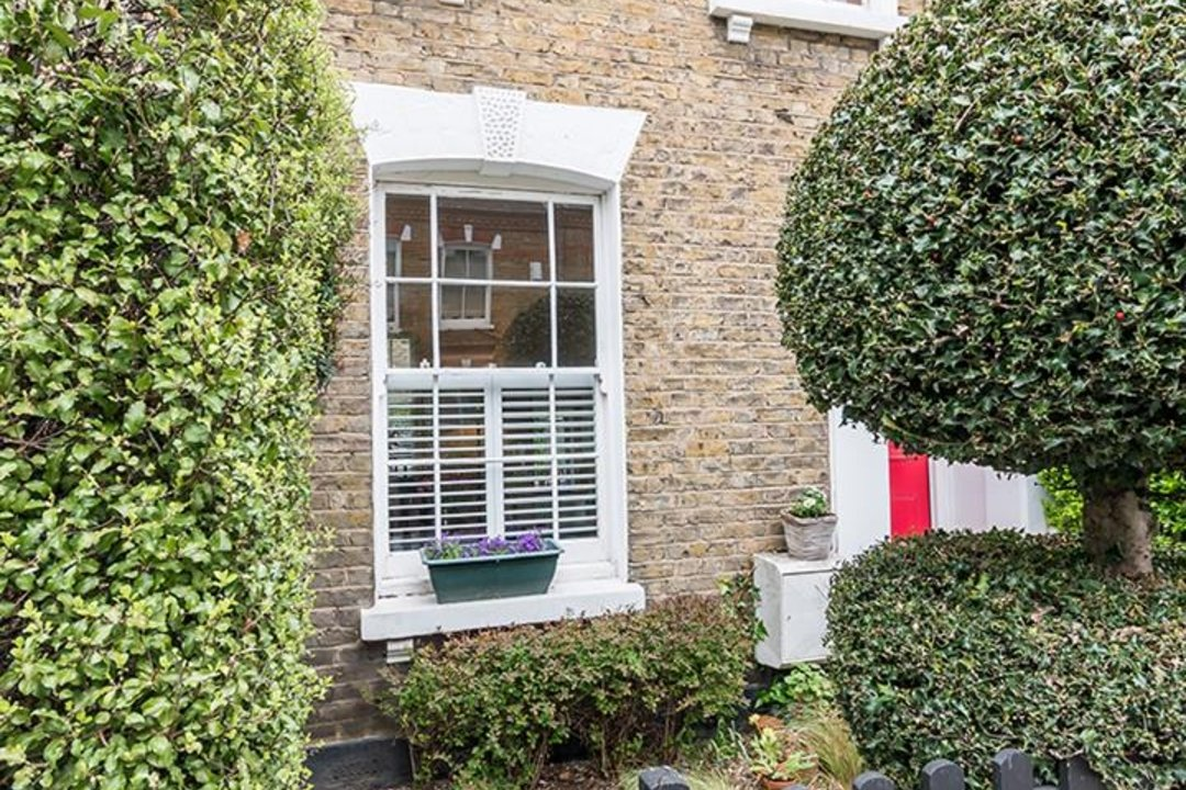 House - Terraced Sale Agreed in Ada Road, SE5 27 view19