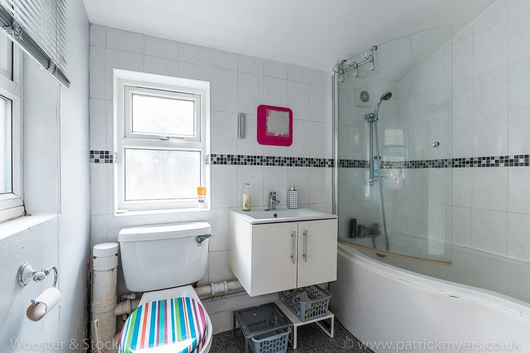 House - Terraced For Sale in Ada Road, SE5 81 view9