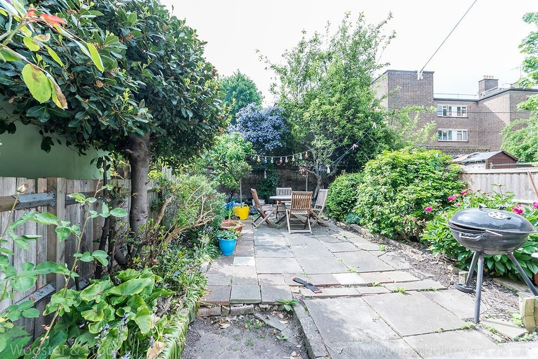 House - Terraced For Sale in Ada Road, SE5 81 view11