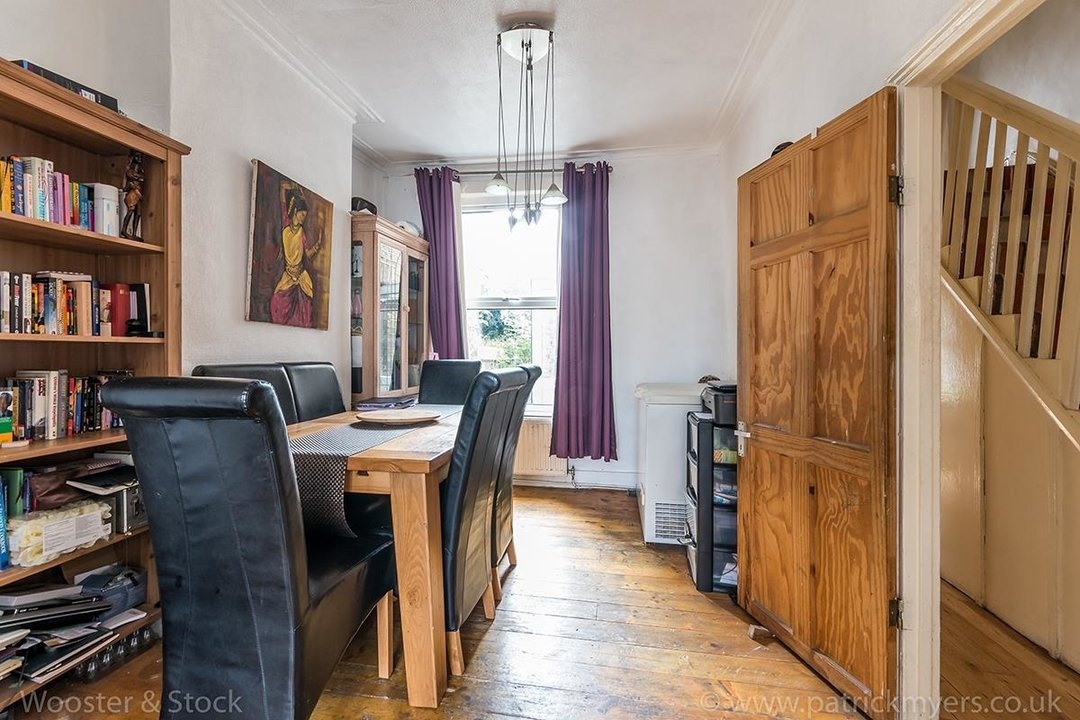 House - Terraced For Sale in Ada Road, SE5 81 view4