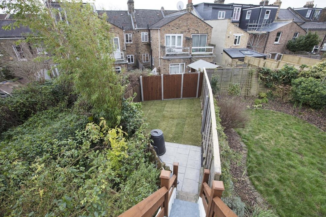 Flat/Apartment Sale Agreed in Avondale Rise, SE15 257 view22