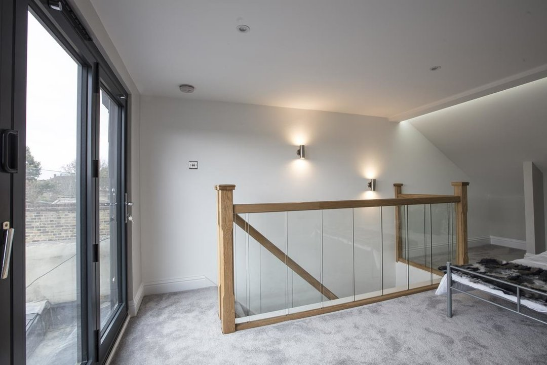 Flat/Apartment Sale Agreed in Avondale Rise, SE15 257 view11