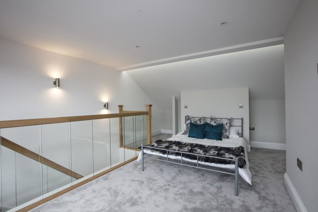 Flat/Apartment Sale Agreed in Avondale Rise, SE15 257 view8