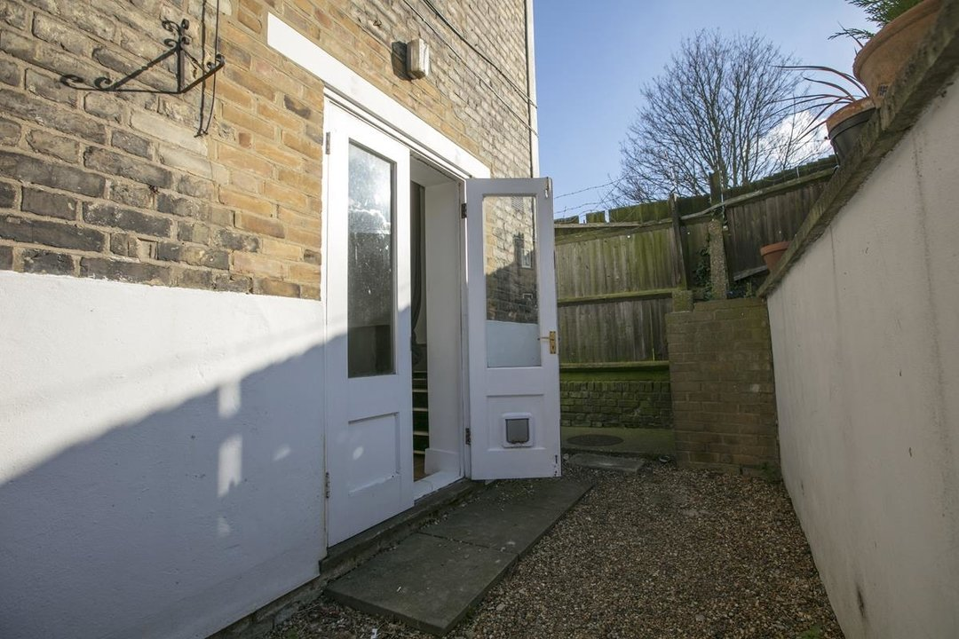 Flat - Conversion For Sale in Azenby Road, SE15 267 view9