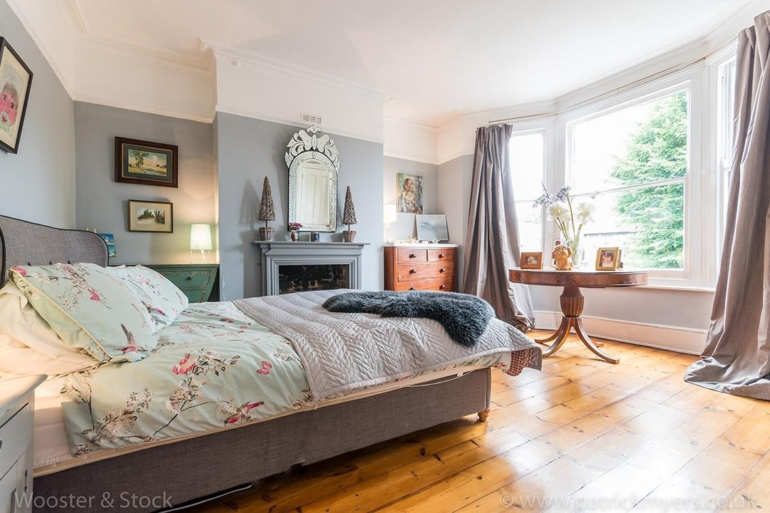 House - Semi-Detached For Sale in Barry Road, SE22 123 view13