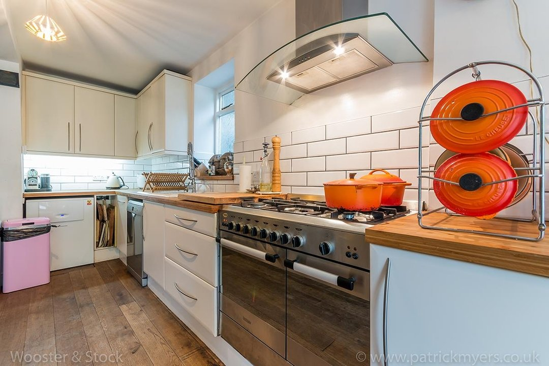 House - Semi-Detached For Sale in Barry Road, SE22 123 view7