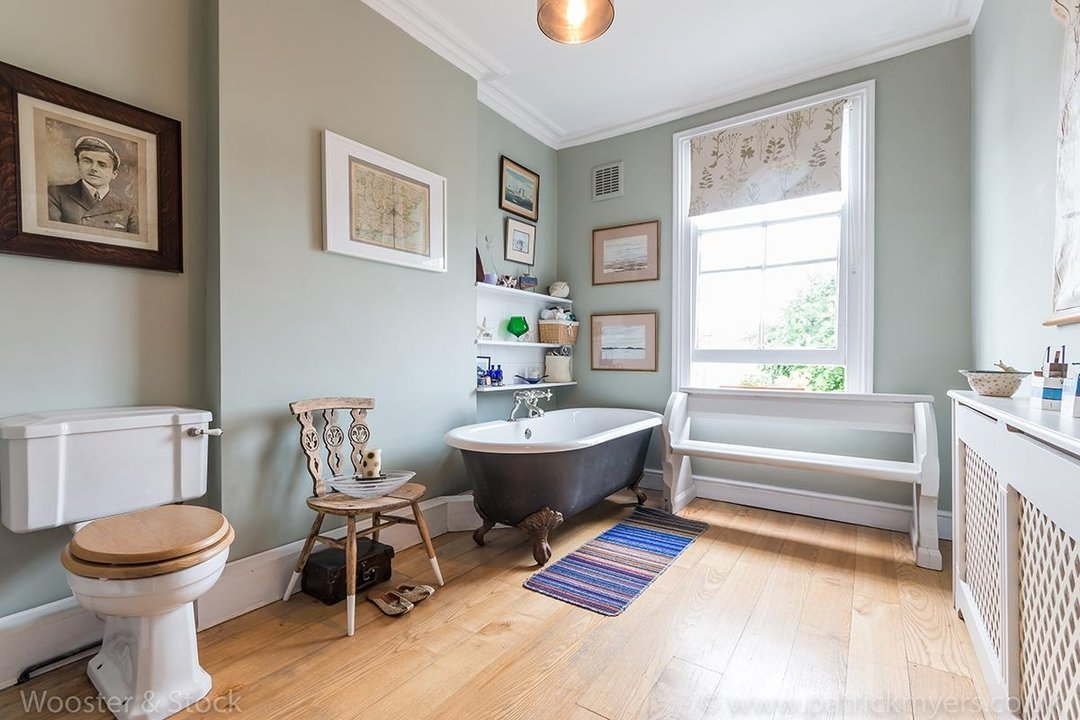 House - Semi-Detached For Sale in Barry Road, SE22 123 view12