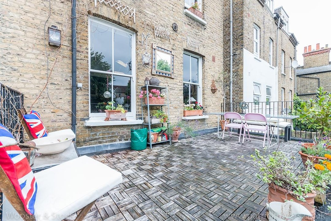 House - Semi-Detached For Sale in Barry Road, SE22 123 view31