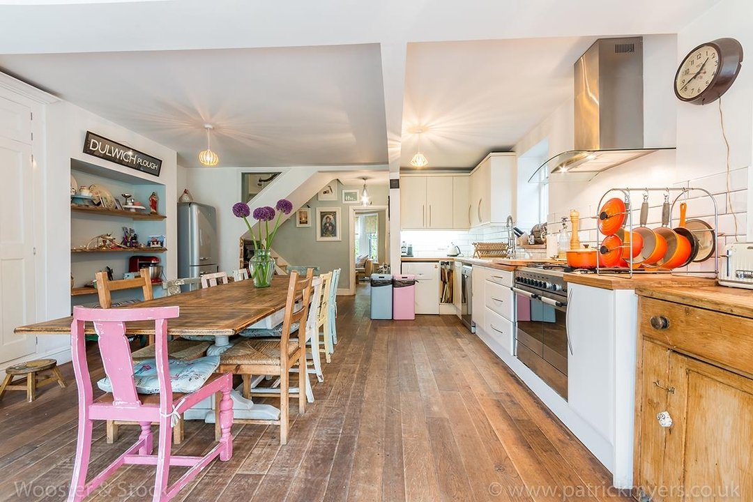 House - Semi-Detached For Sale in Barry Road, SE22 123 view17