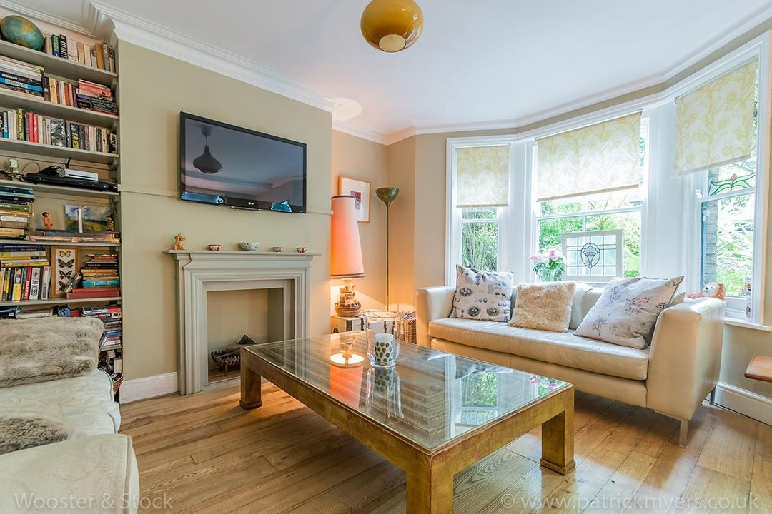 House - Semi-Detached For Sale in Barry Road, SE22 123 view27