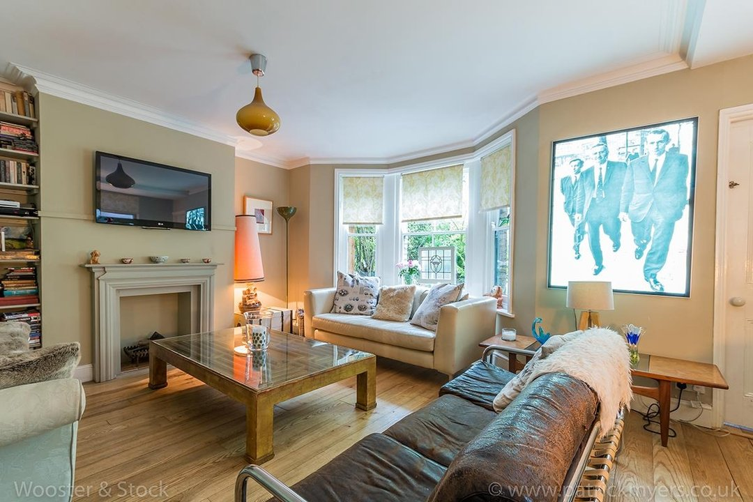 House - Semi-Detached For Sale in Barry Road, SE22 123 view26