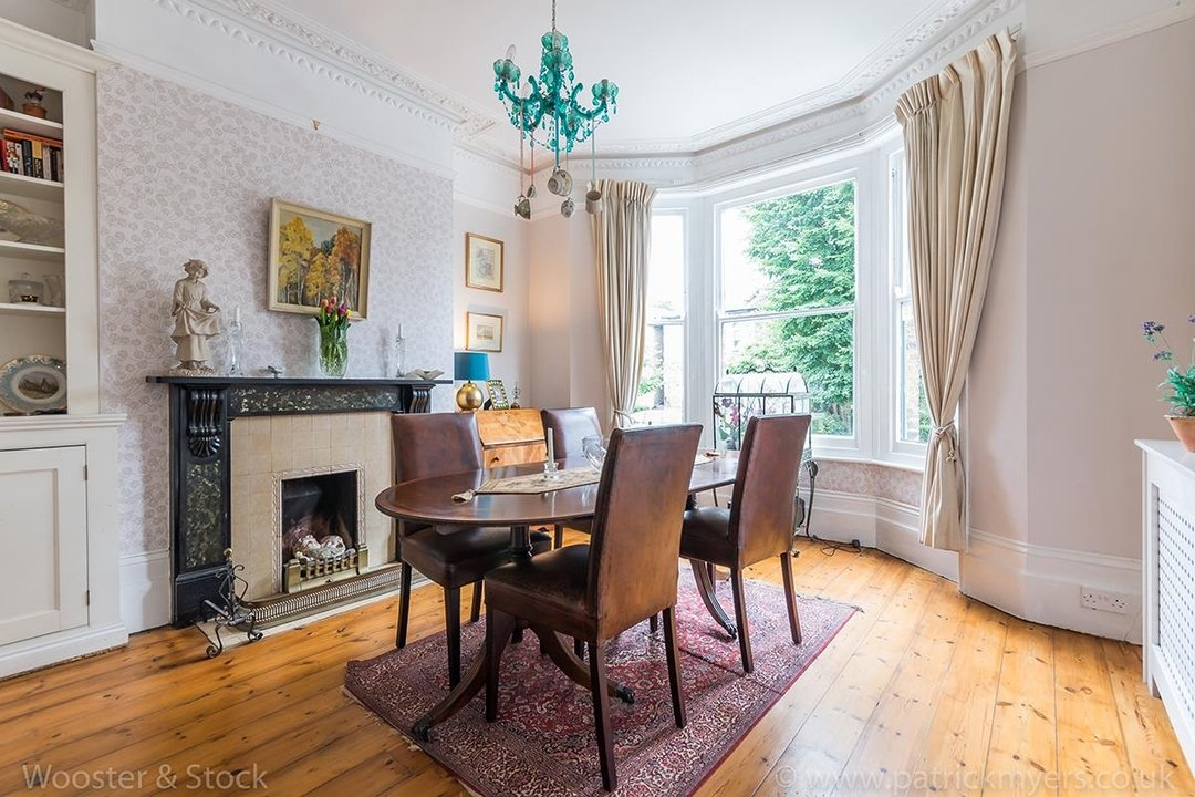 House - Semi-Detached For Sale in Barry Road, SE22 123 view8