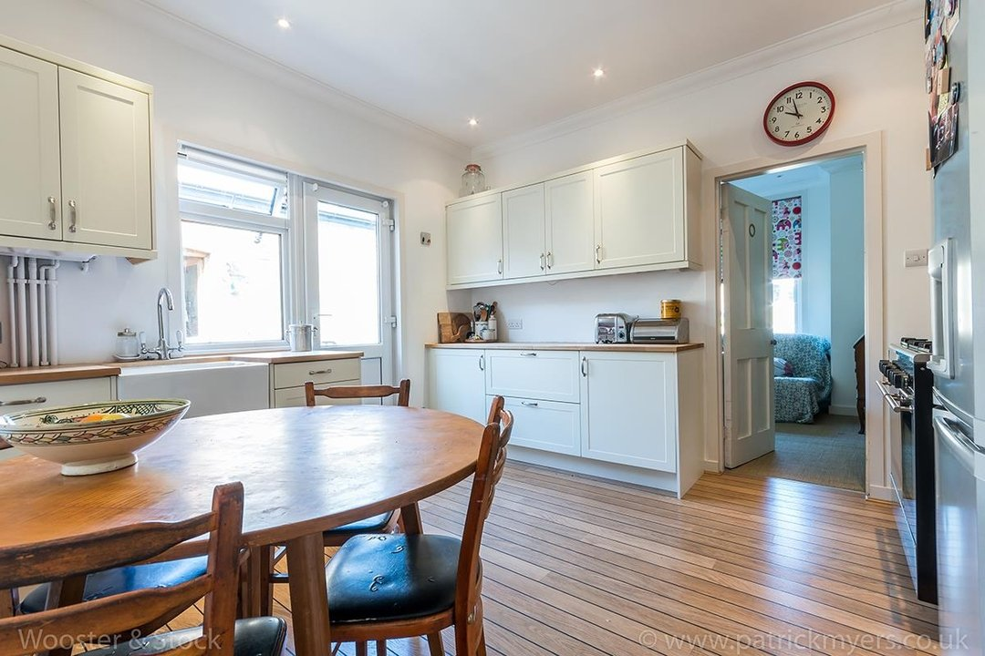 Flat - Conversion Sale Agreed in Bavent Road, SE5 109 view5