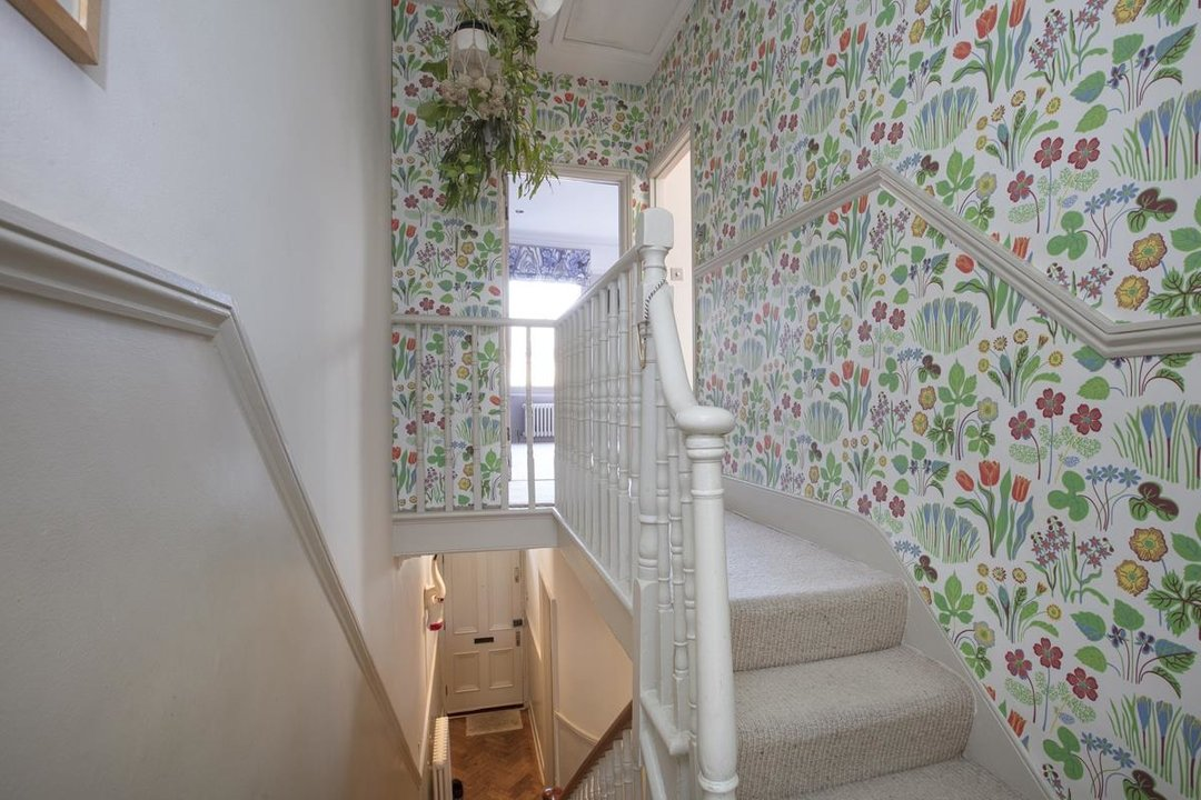 House - Terraced Sale Agreed in Bicknell Road, SE5 251 view23