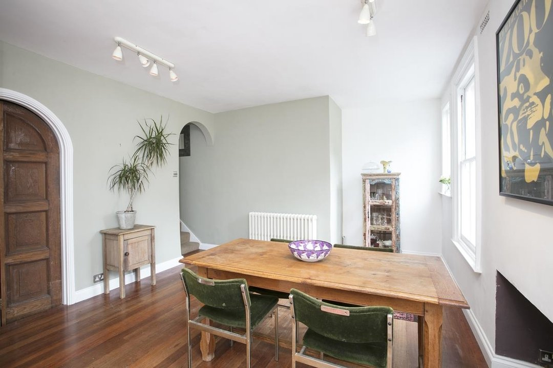 Flat/Apartment Sale Agreed in Bishopsthorpe Road, SE26 296 view11