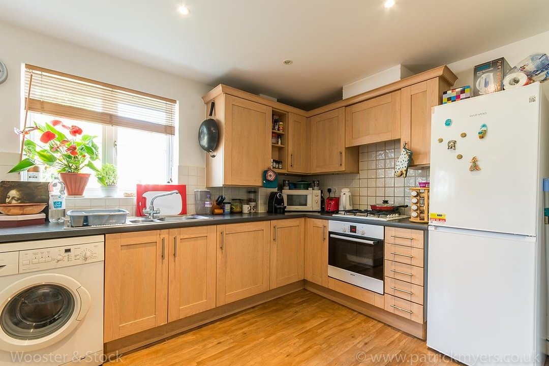 Flat - Purpose Built For Sale in Blakes Road, SE15 100 view4