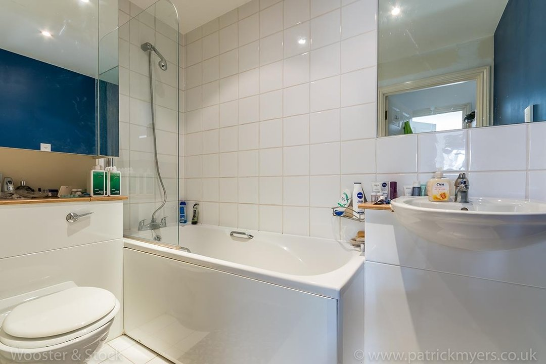 Flat - Purpose Built For Sale in Blakes Road, SE15 100 view7