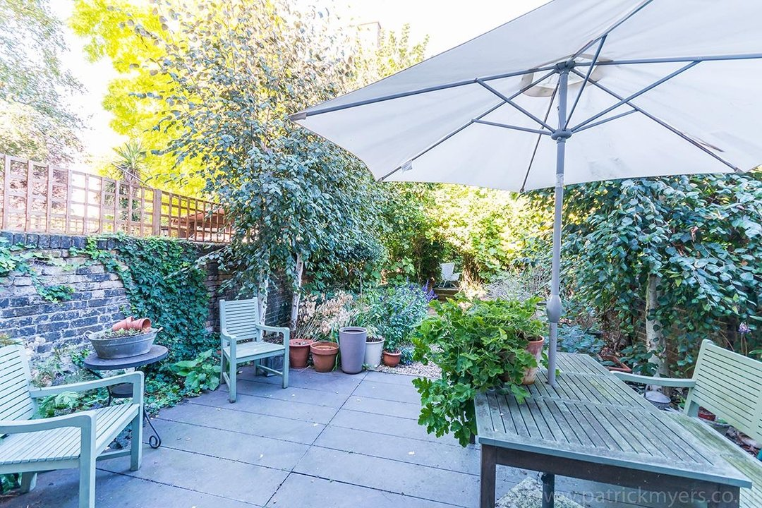 House - Terraced Sale Agreed in Brunswick Villas, London SE5 48 view6