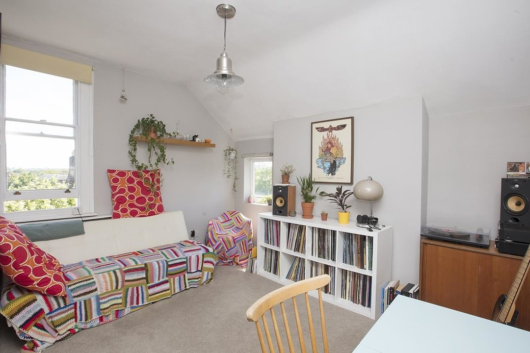 Flat/Apartment For Sale in Bushey Hill Road, SE5 325 view7