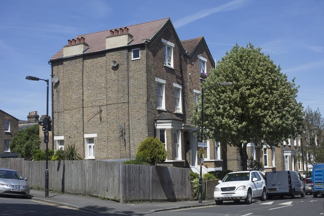 Flat/Apartment For Sale in Bushey Hill Road, SE5 325 view4