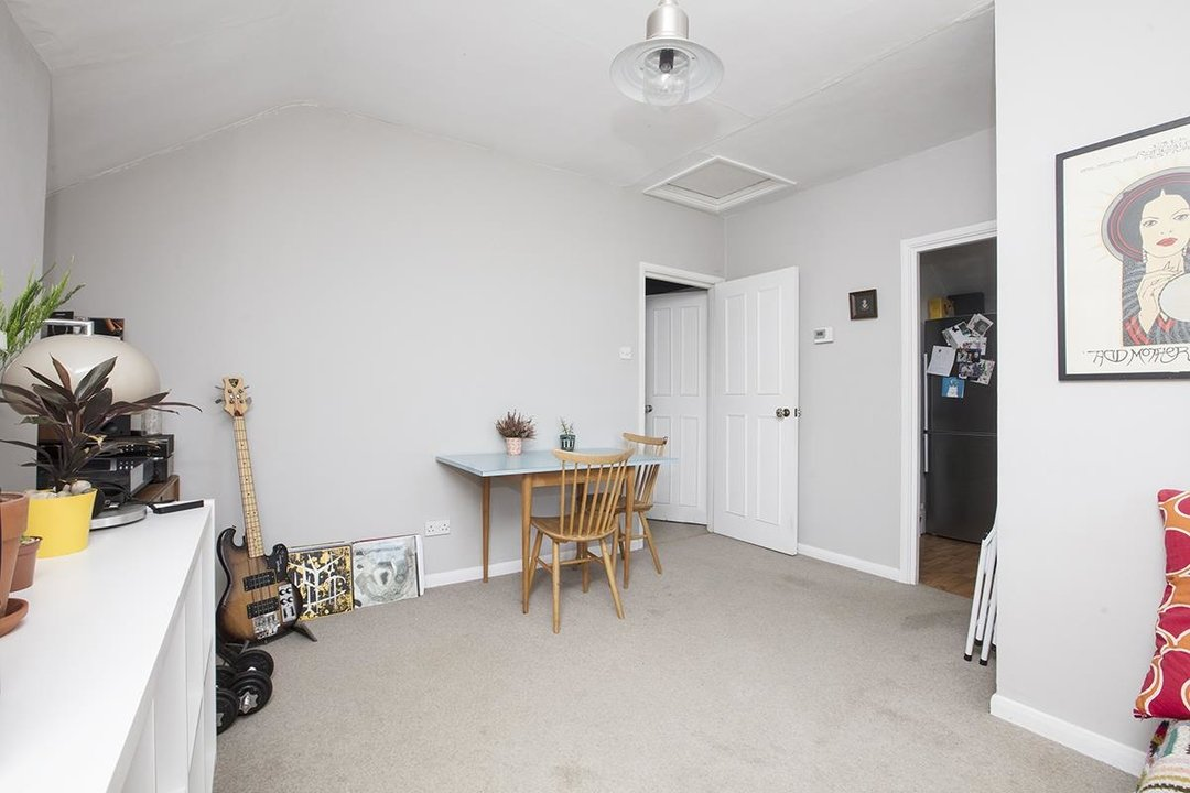 Flat/Apartment For Sale in Bushey Hill Road, SE5 325 view6