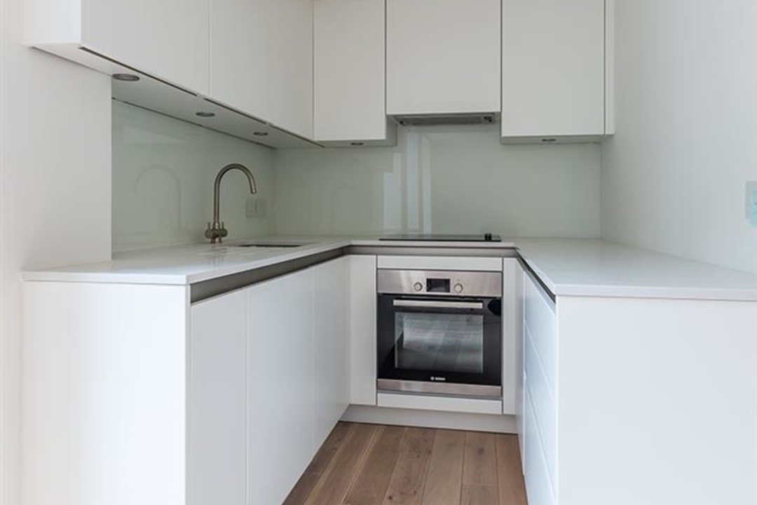 Flat - Conversion Sale Agreed in Camberwell Grove, SE5 102 view9