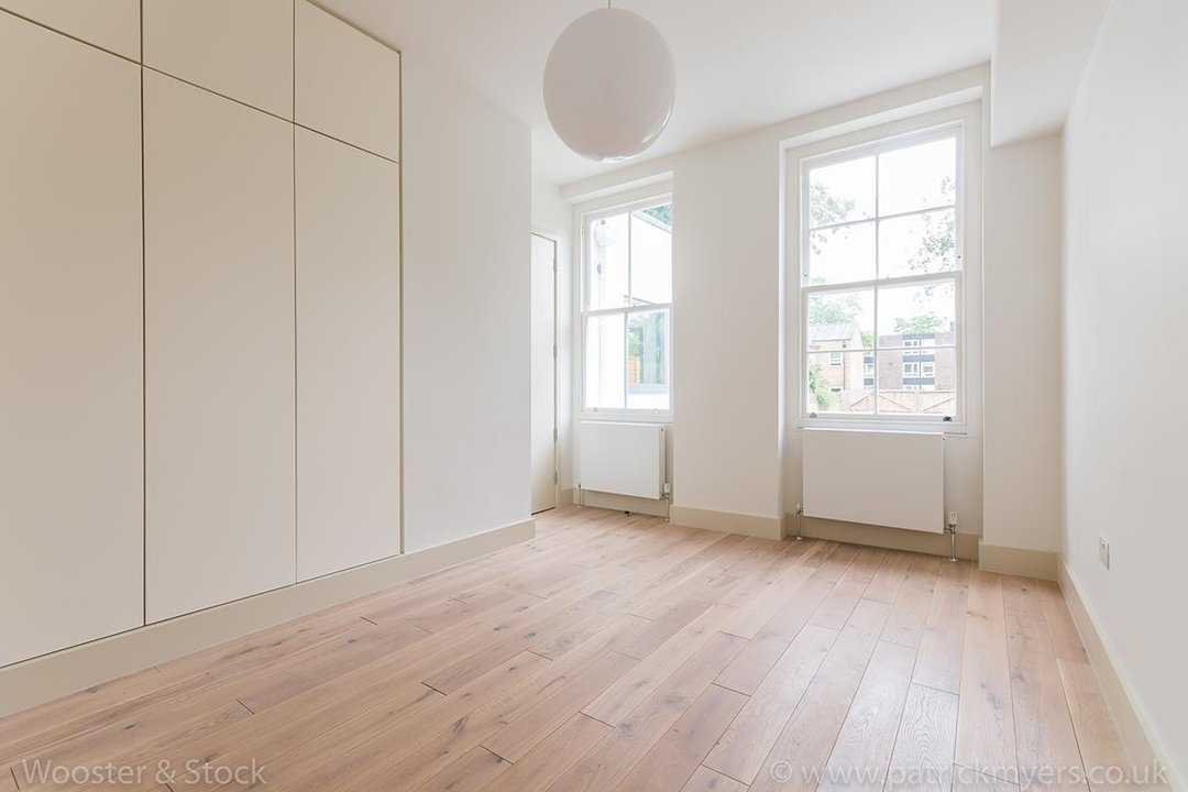 Flat - Conversion Sale Agreed in Camberwell Grove, SE5 103 view11