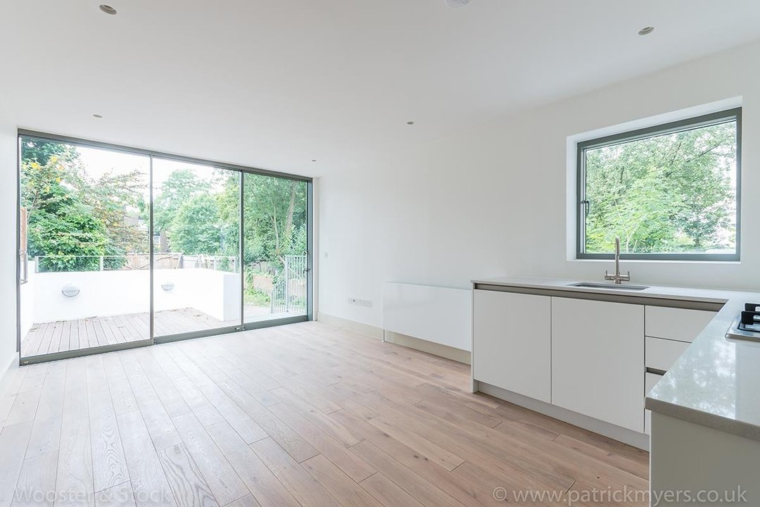 Flat - Conversion Sale Agreed in Camberwell Grove, SE5 103 view1
