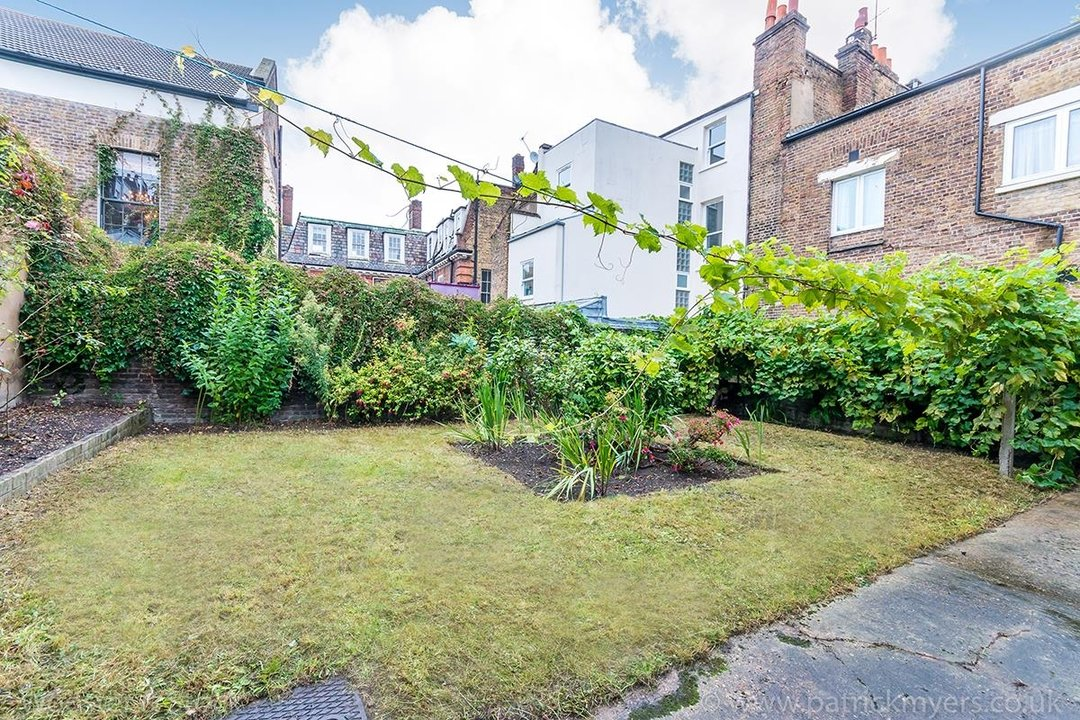 Flat - Conversion For Sale in Camberwell Grove, SE5 111 view20