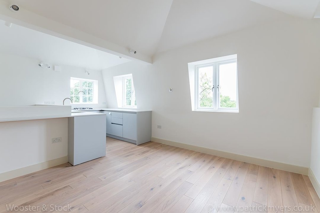 Flat - Conversion Sale Agreed in Camberwell Grove, SE5 113 view5