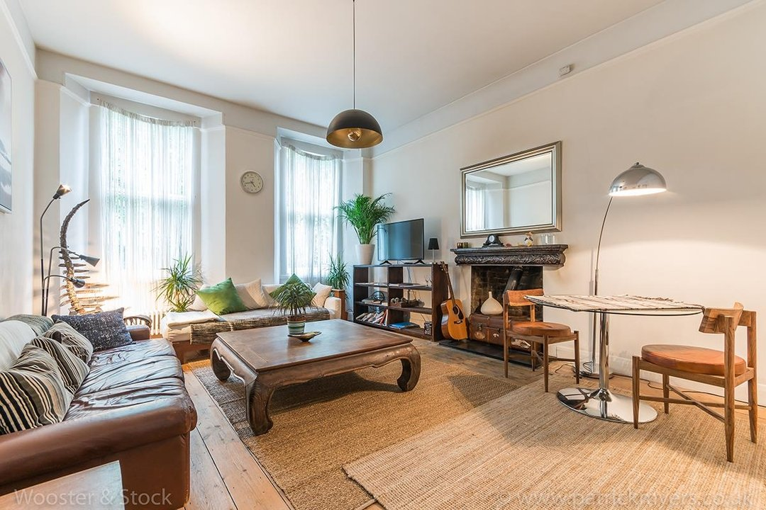 Flat - Conversion For Sale in Camberwell Grove, SE5 128 view2