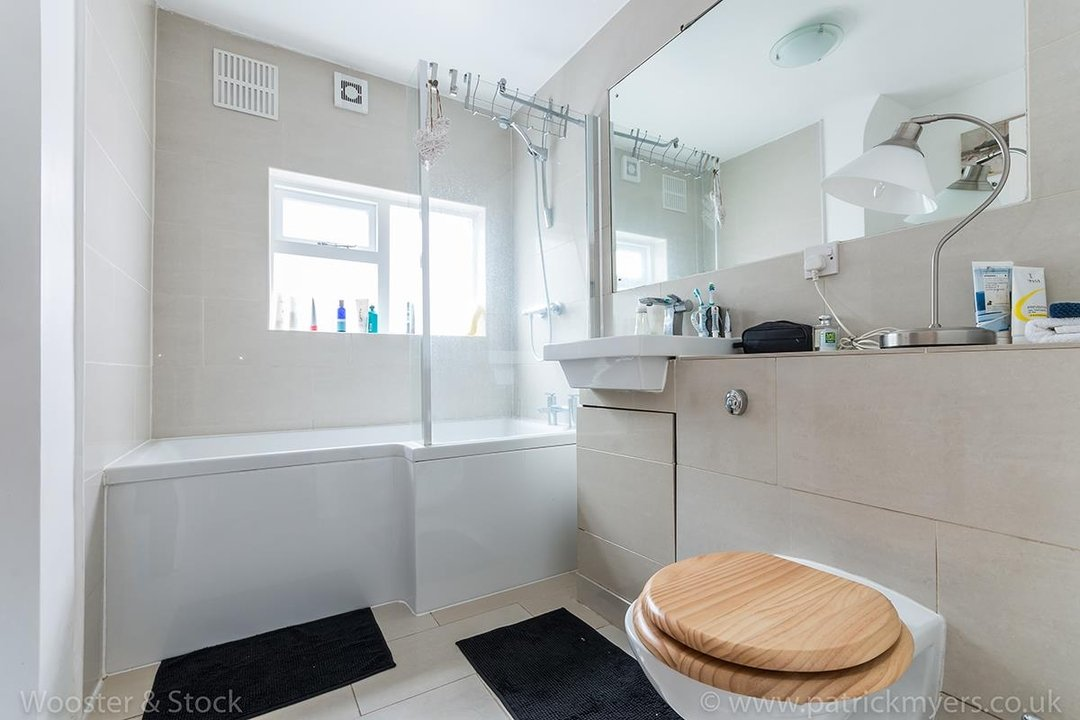 Flat - Conversion For Sale in Camberwell Grove, SE5 128 view7
