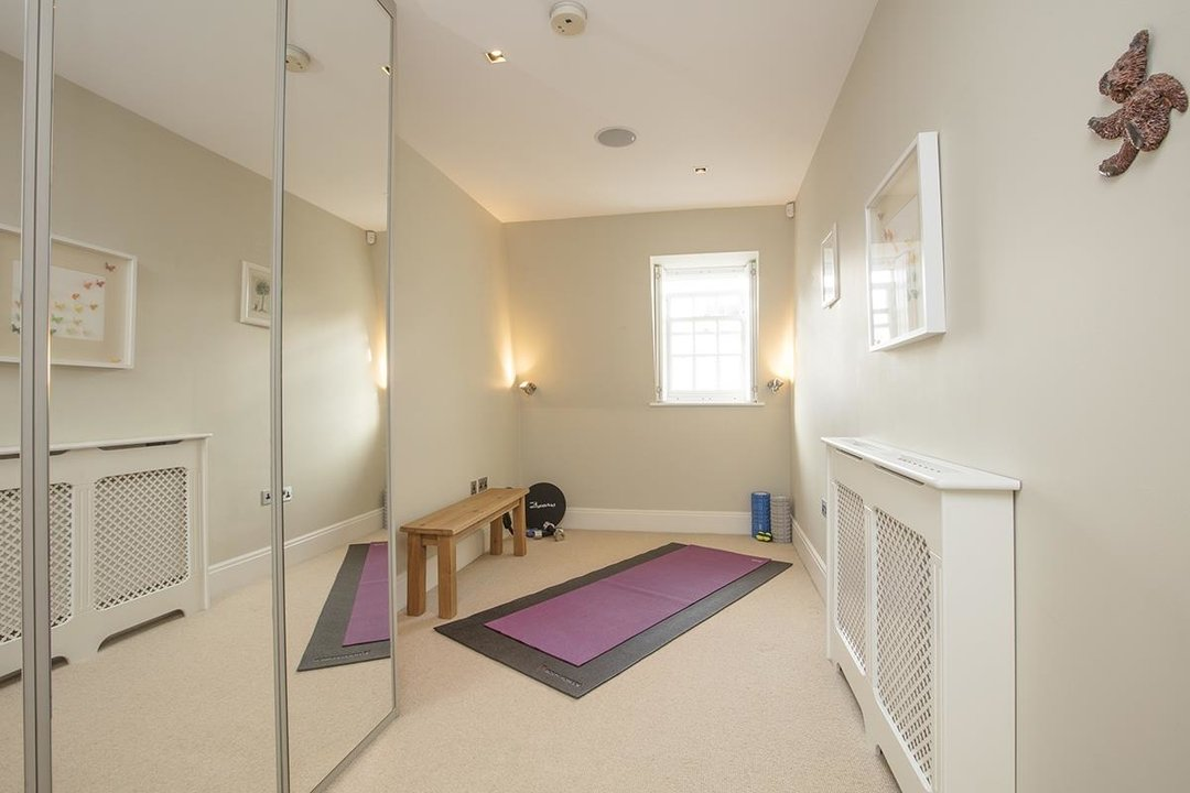 House - Terraced Sale Agreed in Camberwell Grove, SE5 181 view23