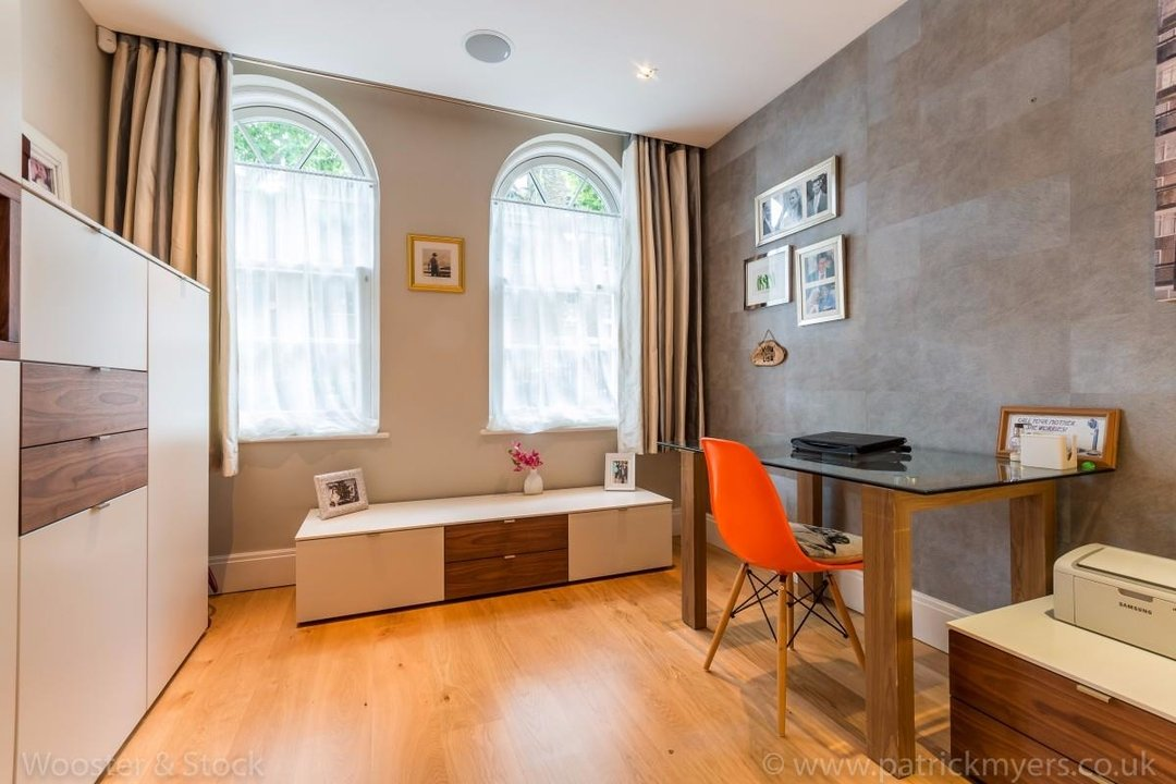 House - Terraced Sale Agreed in Camberwell Grove, SE5 181 view18