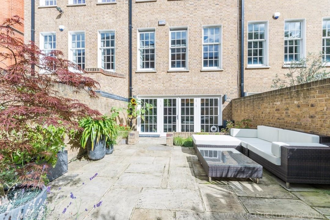 House - Terraced Sale Agreed in Camberwell Grove, SE5 181 view30