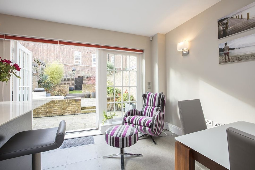 House - Terraced Sale Agreed in Camberwell Grove, SE5 181 view4