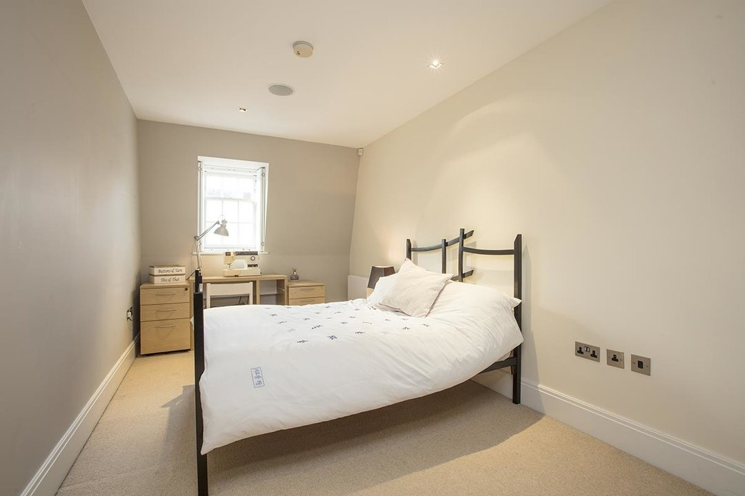 House - Terraced Sale Agreed in Camberwell Grove, SE5 181 view22