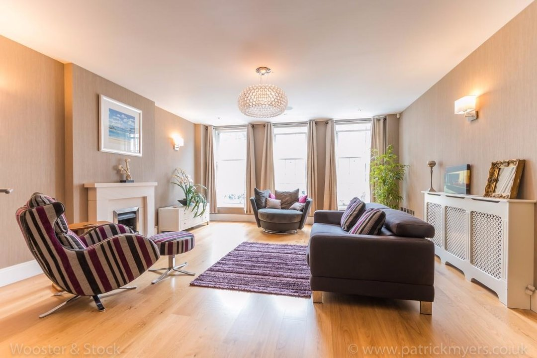 House - Terraced Sale Agreed in Camberwell Grove, SE5 181 view3