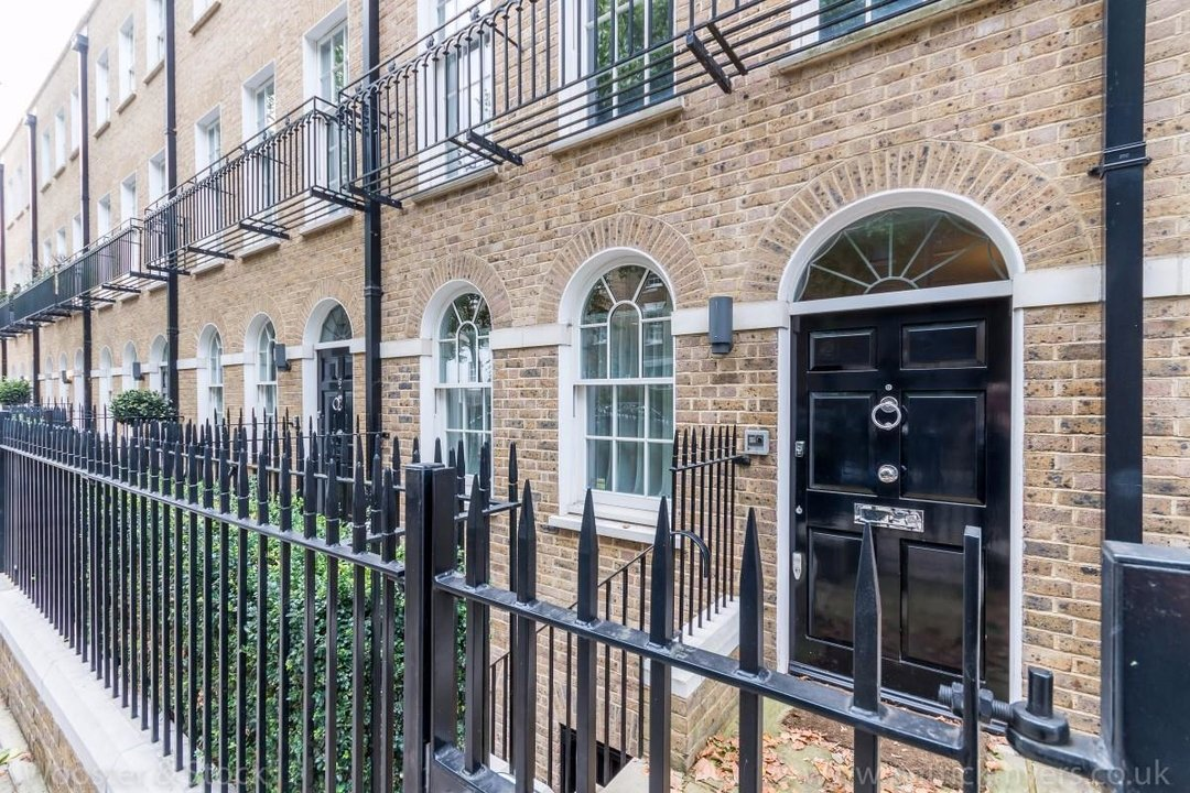 House - Terraced Sale Agreed in Camberwell Grove, SE5 181 view33