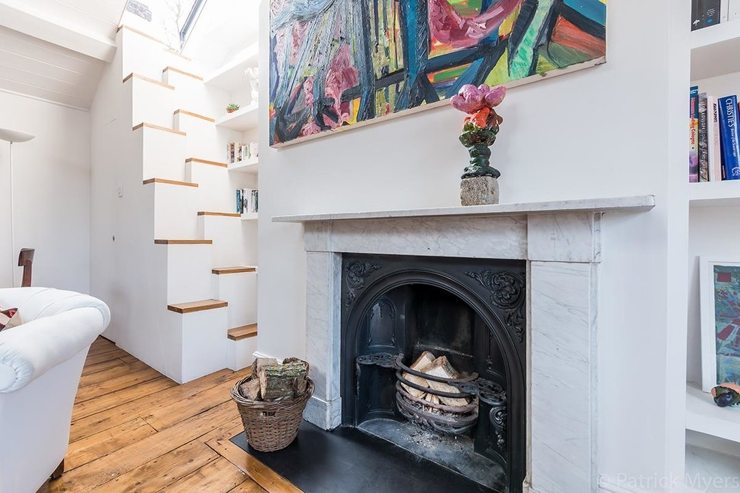 Flat - Conversion Sold in Camberwell Grove, SE5 187 view6