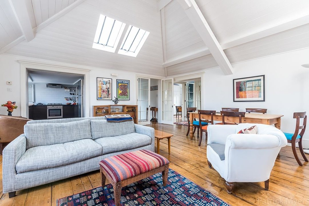 Flat - Conversion Sold in Camberwell Grove, SE5 187 view7