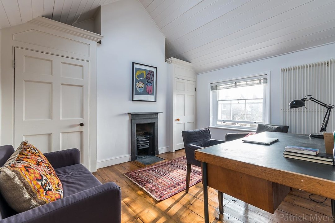 Flat - Conversion Sold in Camberwell Grove, SE5 187 view10