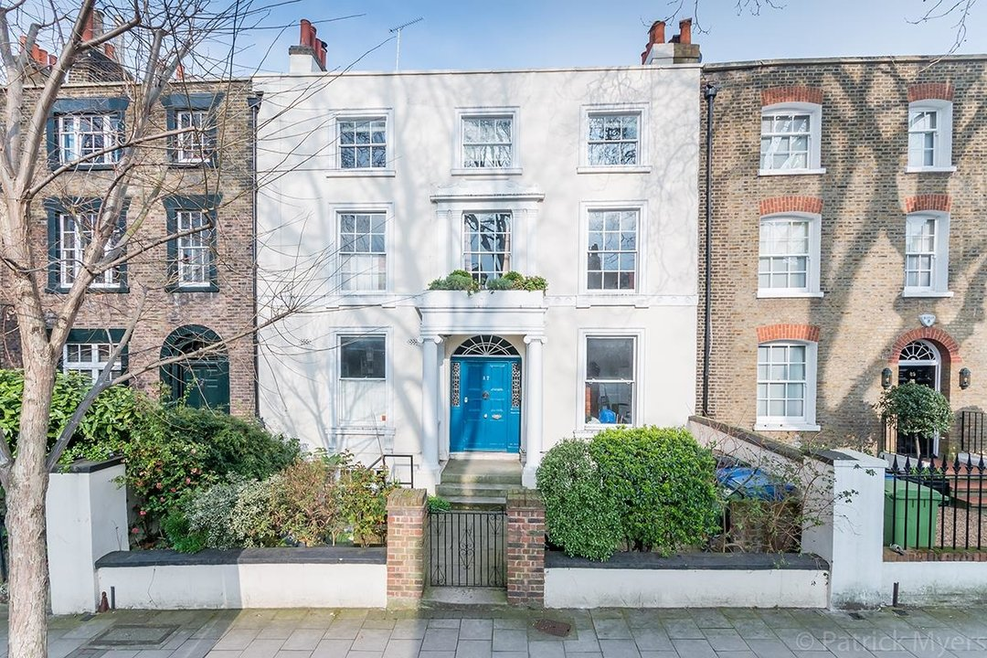 Flat - Conversion Sold in Camberwell Grove, SE5 187 view2