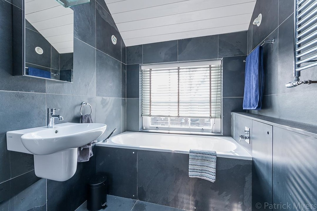Flat - Conversion Sold in Camberwell Grove, SE5 187 view13