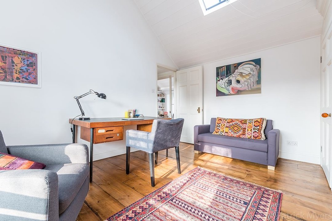 Flat - Conversion Sold in Camberwell Grove, SE5 187 view11