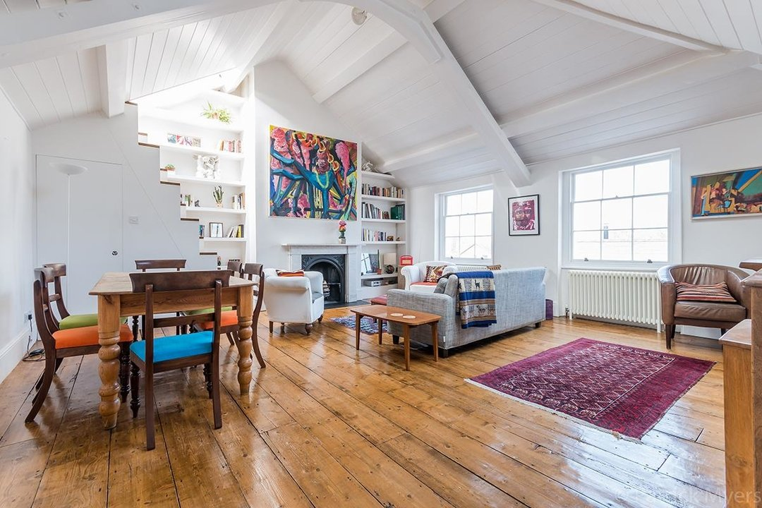 Flat - Conversion Sold in Camberwell Grove, SE5 187 view1