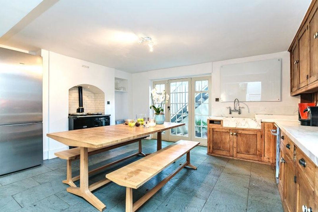 House - Terraced Sold in Camberwell Grove, SE5 190 view6