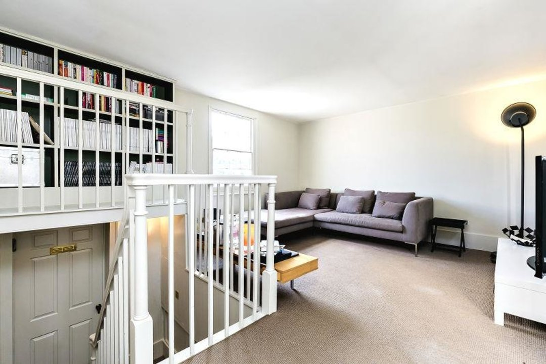 House - Terraced Sold in Camberwell Grove, SE5 190 view12