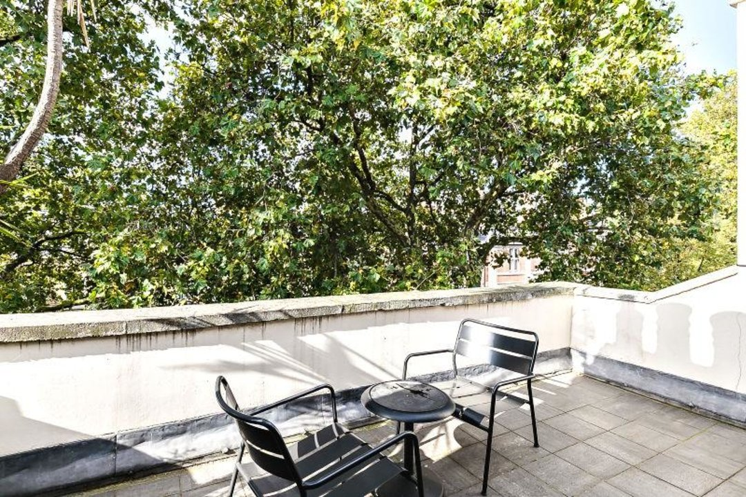 House - Terraced Sold in Camberwell Grove, SE5 190 view19